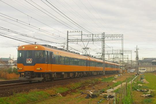 2020.1.18 近鉄大阪線 法善寺-恩地 12200系1.JPG